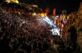 Τελικά πόσο σπουδαίο γεγονός υπήρξε η συναυλία των FOO FIGHTERS στο Ωδείο Ηρώδου Αττικού;