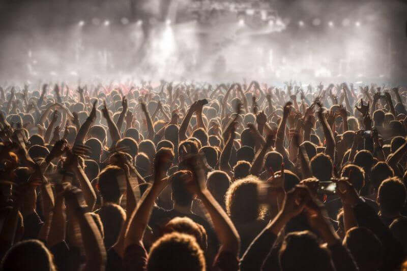 Απαγορευτική η χωρητικότητα 50% για τις συναυλίες σύμφωνα με τον Πανελλήνιο Σύνδεσμο  Διοργανωτών Πολιτιστικών Εκδηλώσεων   Rock Overdose / Rock - Metal Music